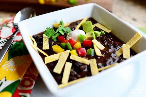 Суп из черной фасоли и овощей