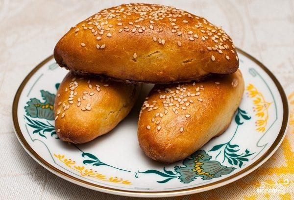 Пирожки дрожжевые с картошкой