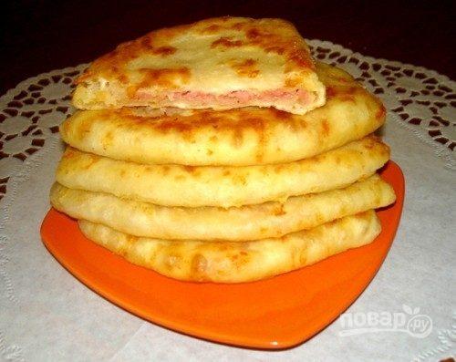 Лепешки с сыром и ветчиной