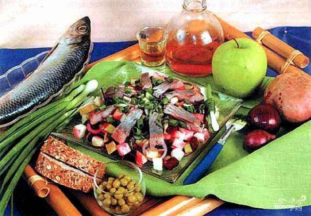 Салат с сельдью по-скандинавски