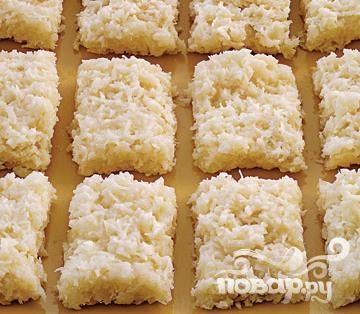 Кокосовые пирожные со сгущенкой