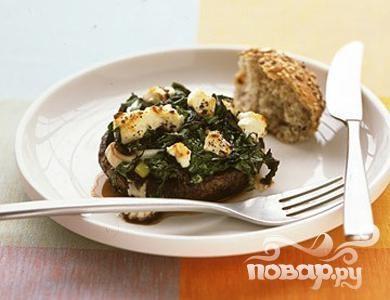 Грибы с луком и шпинатом