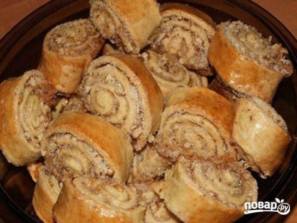 Рулет с грецкими орехами