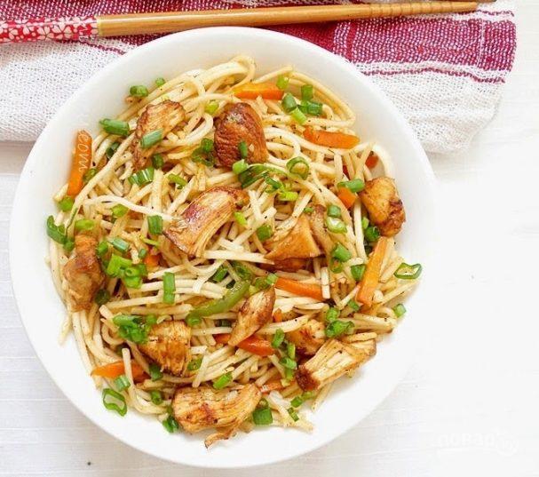Китайская лапша с курицей рецепт