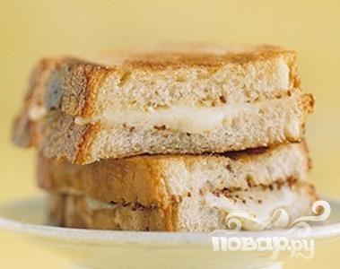 Бутерброды с сыром и зернистой горчицей