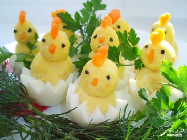 """Цыплята"" из яиц"
