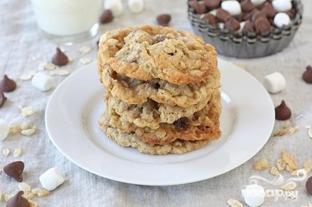 Печенье с овсяными хлопьями и шоколадом