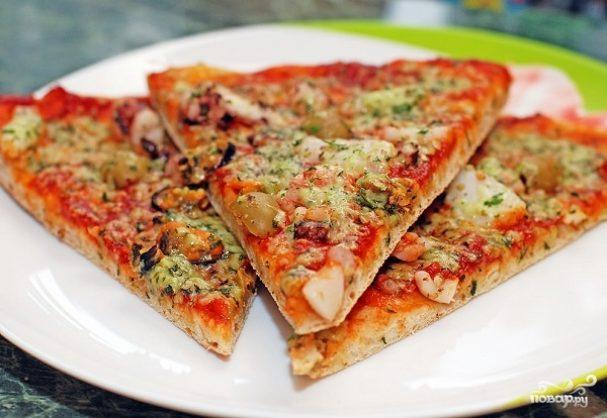 Пицца из морского коктейля