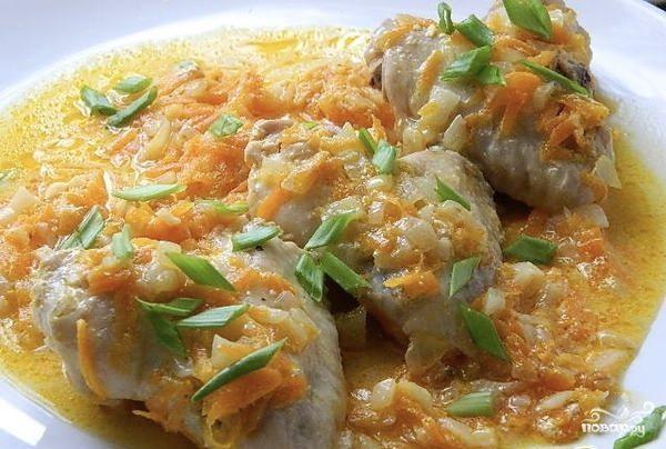 Куриные крылышки в сметанно-чесночном соусе