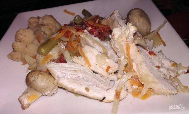 Курица, запеченная с овощами, по диете Дюкана