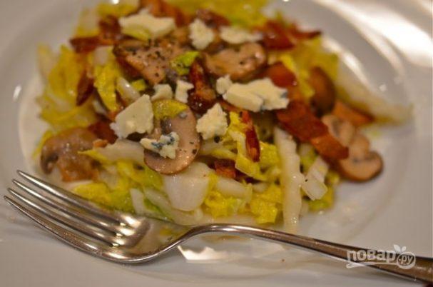Салат с китайской капустой и сыром