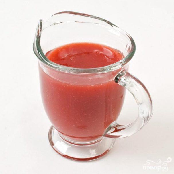 Соус для десерта из клубники и томатов