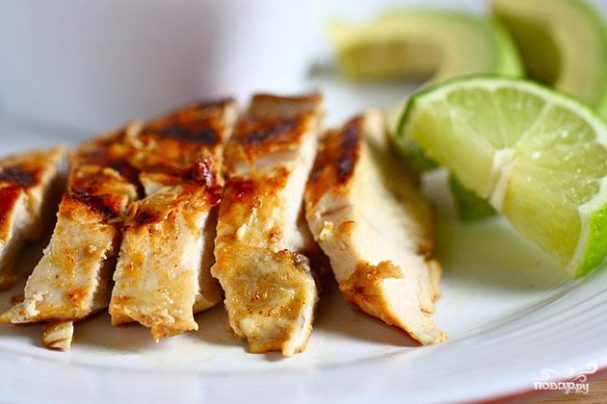 Куриные грудки в маринаде из текилы и лайма