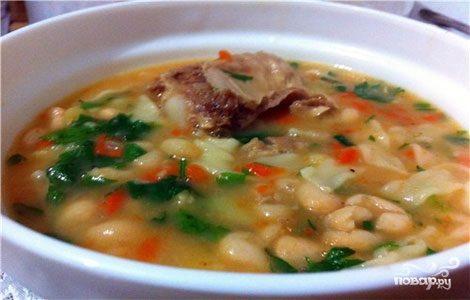 Суп фасолевый с тушенкой