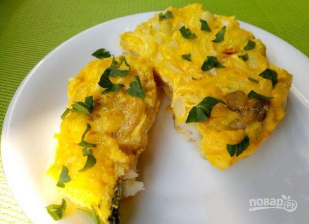 Спинка минтая, запеченная с яйцом