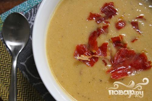 Суп-пюре с фасолью и ветчиной