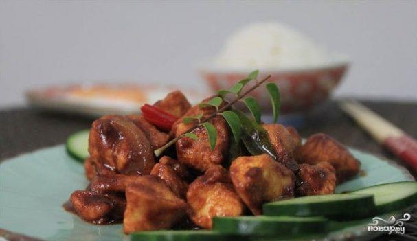 Курица, жареная в соевом соусе
