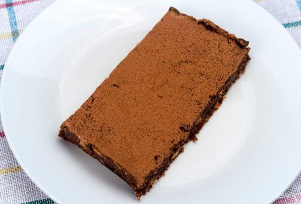 Шоколадный брауни без выпечки