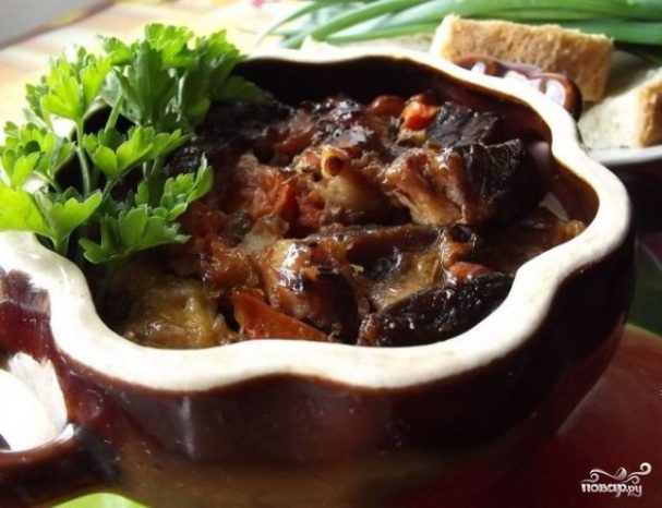 рецепт мясо свинина в духовке в горшочке в духовке