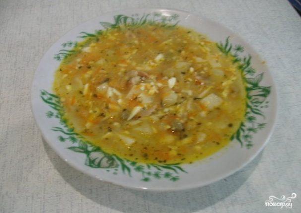 Куриный суп с зеленым горошком