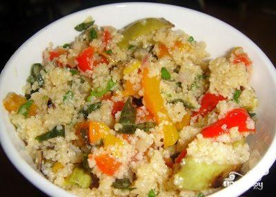 Салат с кускусом и овощами гриль