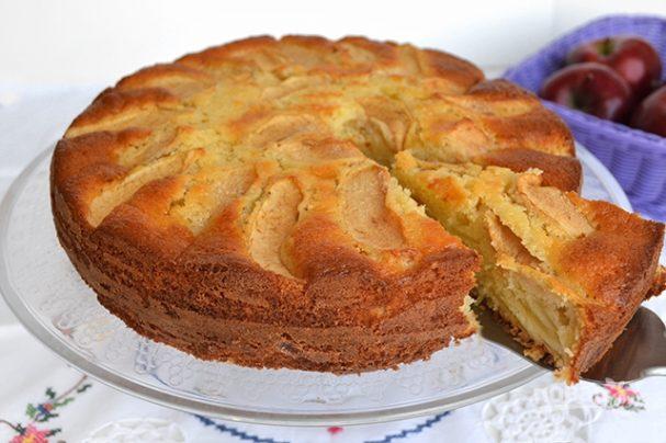 Пирог яблочный в духовке