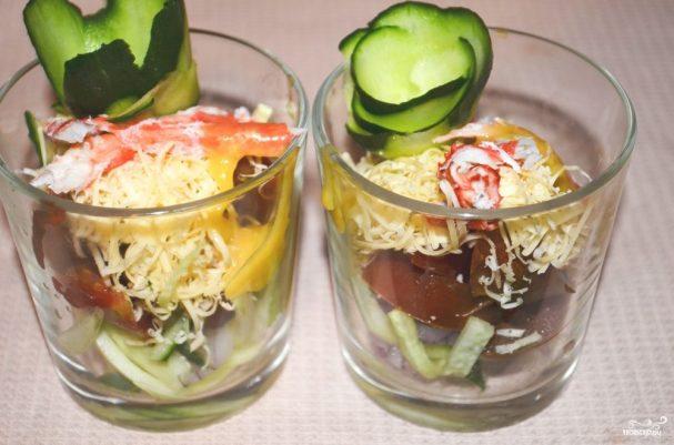 Салат из натурального крабового мяса