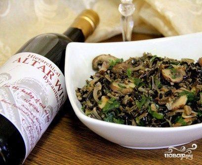 Салат с грибами и рисом