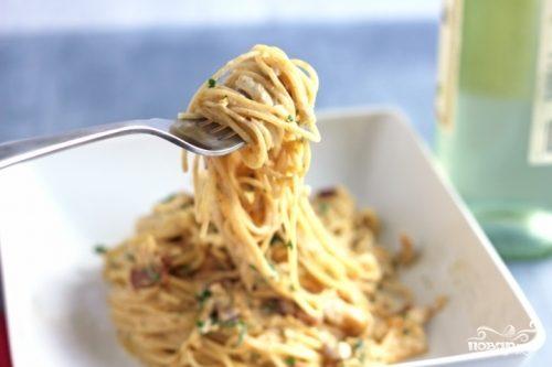 Спагетти с куриной грудкой