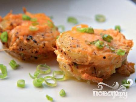 Картофель с сыром и зеленым луком