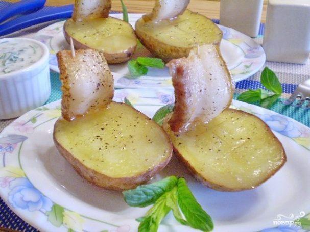 """Картошка с салом в духовке """"Кораблики"""""""
