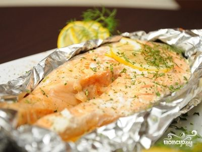 Рыба в духовке стейки