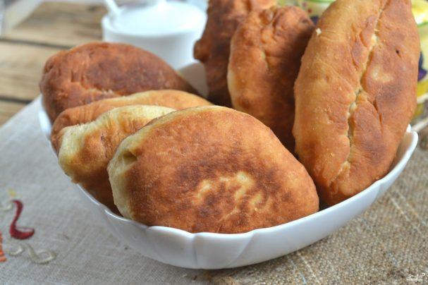 Пирожки с луком на кефире