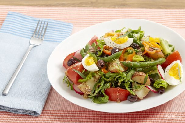 Салат из картофеля и яиц