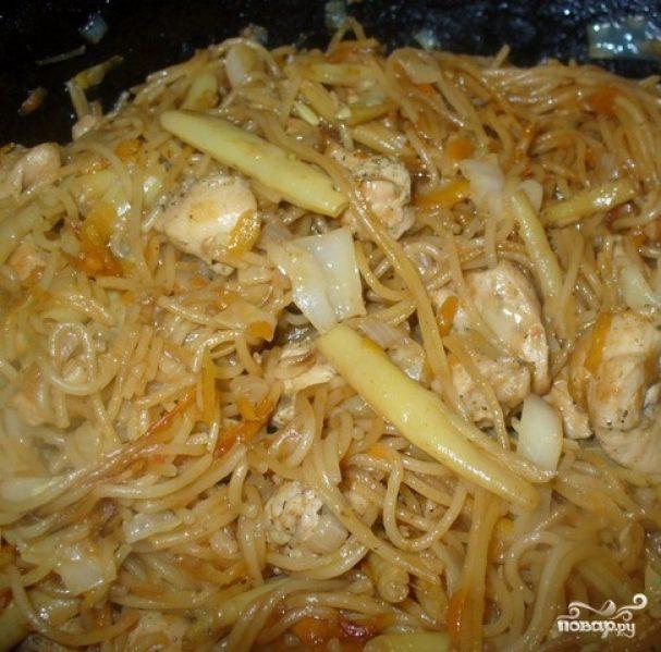 Лапша по-китайски с курицей