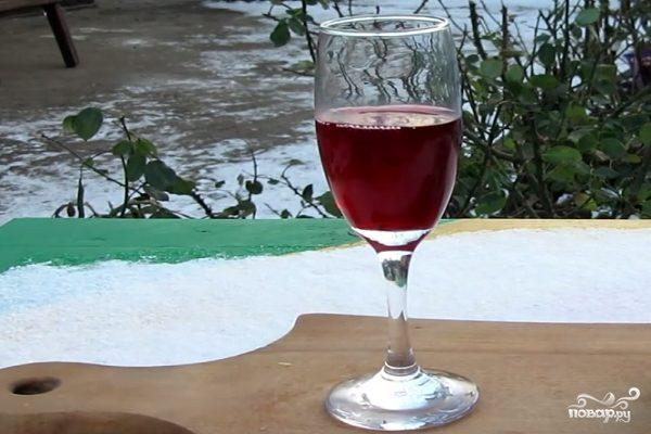 Вино из малинового варенья