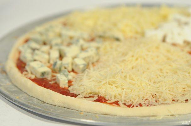 """Пицца """"Три сыра"""""""