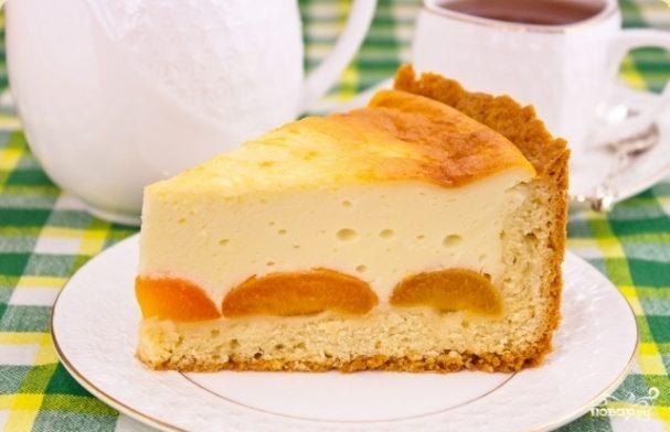 Абрикосовый пирог с творогом