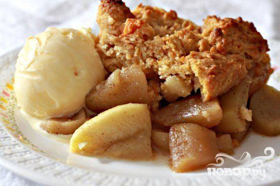 Яблочный коблер со сладким картофелем