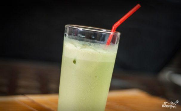 Зеленый чай латте