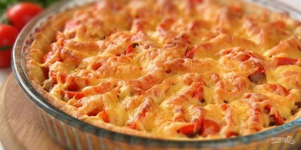 Открытый мясной пирог на картофельном тесте