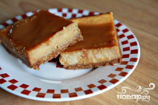 Пирожные с молочной карамелью и сливочным сыром