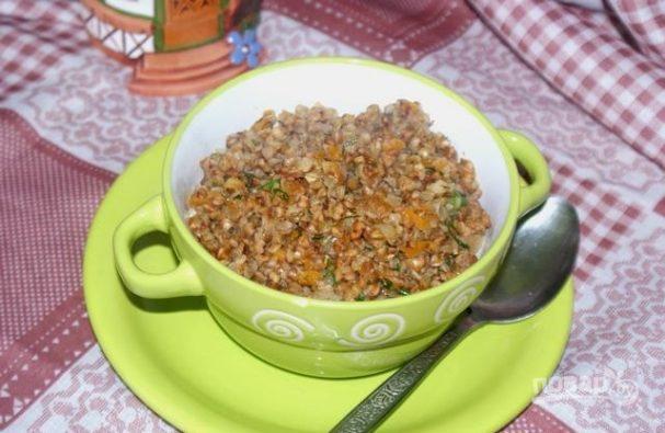 Гречка с овощами и чесноком