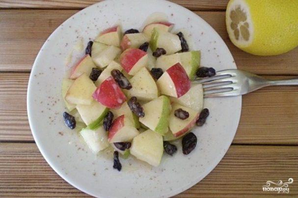 Салат с грушами и яблоками