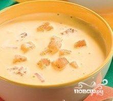 Сырный суп с копченостями