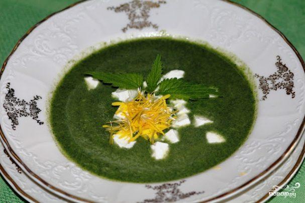Суп из крапивы с брынзой