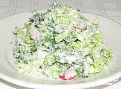 Вегетарианский салат из пекинской капусты