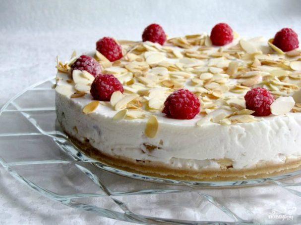 Йогуртовый торт с малиной