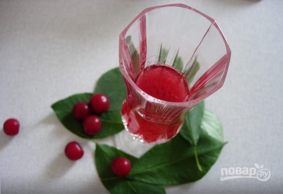 Ликер вишневый