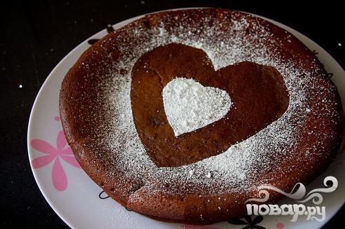 Шоколадный пирог с сердцем